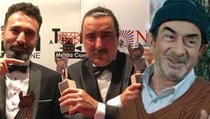 Ödülünü usta oyuncu Turan Özdemir'e adadı