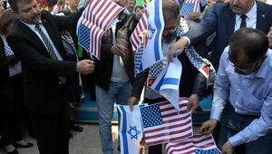 Kahramanmaraştaki protestoda İsrail ve ABD bayrakları yakıldı