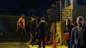 Halfetide jandarma karakoluna saldırı: 2 asker yaralı (2)