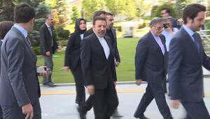İran Cumhurbaşkanı Özel Temsilcisi Mahmud Vaizi, AK Parti Genel Merkezine geldi.