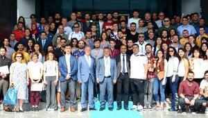 ÇOMÜ 26ncı Spor Şenlikleri ödül töreni gerçekleştirildi