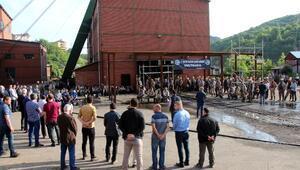 30 maden işçisi, ölümlerinin 8inci yılında dualarla anıldı