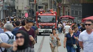 Taksim'de ilginç olay Polis itfaiyeye ceza kesti