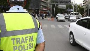 Dikkat... İstanbulda bazı yollar trafiği kapatıldı