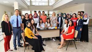 Sağlık Yüksekokul öğrencilerinden sağlık taraması