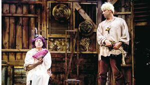 'Halk tiyatrosu' dediğin tam da böyle olur
