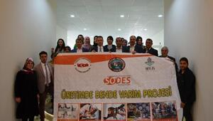 Adilcevaz'da kadınların üretimi için kurslar açıldı