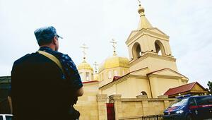 Çeçenistan'da kiliseye silahlı baskın