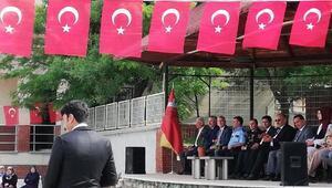 Bursada 19 Mayıs töreni rötarlı yapıldı