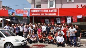 CHP Milletvekili adayı Erbaya Köyceğiz de davul zurnalı karşılama