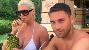 Dusko Tosic eşiyle Serikte tatilde