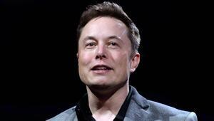 Elon Muska göre uçan otomobiller kelle uçuracak