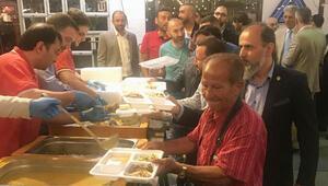 Pazar yerinde iftar açtılar