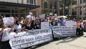 İl Milli Eğitim Müdürlüğü önünde nitelikli lise protestosu