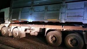 Kamyonun zulasında 35 bin paket kaçak sigara ele geçirildi
