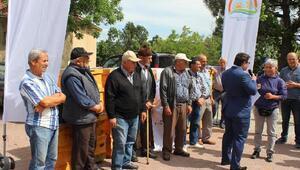 Kofçaz ilçesinde organik arıcılık için kovan dağıtıldı