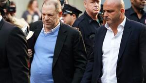 Tacizci yapımcı Harvey Weinstein teslim oldu