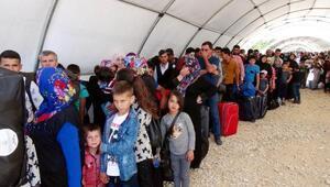 Bayram için 10 bin Suriyeli ülkesine döndü