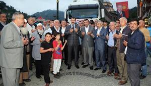 İftar sonrası Afrin'e yardım TIRını uğurladılar