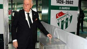 Bursaspor Olağan Genel Kurulunda oy verme işlemi başladı