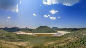 Dünyanın nazar boncuğu Meke Gölükurudu