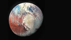Plüton meğer toplama gezegenmiş