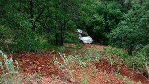 Otomobil, 35 metreden dere yatağına düştü