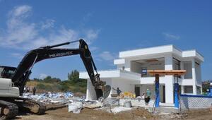 Datçada sit alanındaki o kaçak inşaat yıkıldı