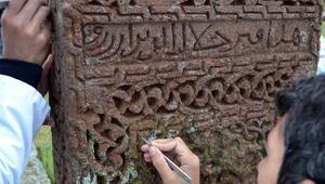 Ahlat Selçuklu Mezarlığında restorasyon başladı
