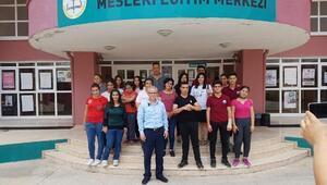 ZİÇEV'li öğrencilerin saç ve cilt bakımlarını MEM'li öğrenciler üstlendi