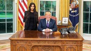 Beyaz Sarayda sürpriz görüşme Bu pozu verdiler