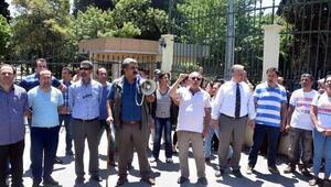 Sendikalı Ege Üniversitesi işçilerinden eylem