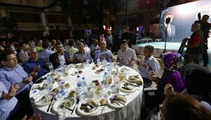 Büyükşehir Kumlucada iftar verdi