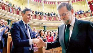 ABde iki kritik gelişme: Yolsuzluk hükümet devirdi... İtalya'da kriz aşıldı