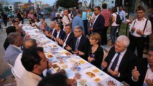 Örnekköyde 2 bin kişilik iftar sofrası