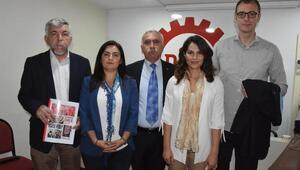 CHP'li vekil adaylarından DİSK'e ziyaret