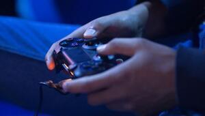 PlayStation 4 ve oyun fiyatları düşüyor