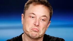Elon Muska savaş açan hissedarlara tepki