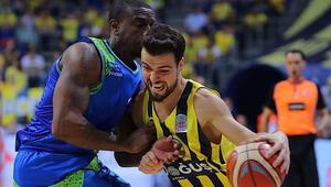 Fenerbahçe finalde ezdi geçti