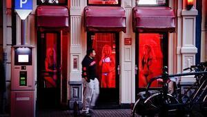 Brükseldeki seks işçileri vitrin karartıp dayanışma grevine gidiyor