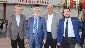 Ak Parti Grup başkanvekili, milletvekili  Elitaş Şeker sofrasında