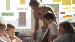 Sendikalar eğitim öğretim yılını değerlendirdi: Sözleşmeli öğretmenlik kaldırılmalı