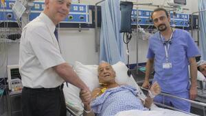 Avustralyalı hastaya, İzmirde karaciğer nakli