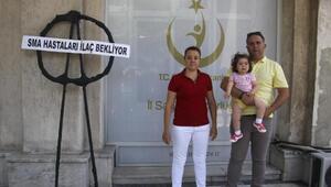Çağla bebeğin ailesinden siyah çelenk