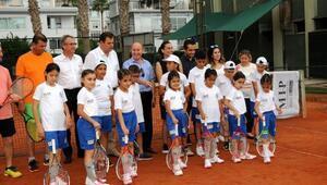 Sevgi Evlerinden şampiyon tenisçiler çıkacak