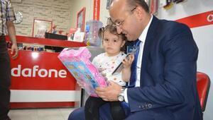 Yalçın Akdoğan Şereflikoçhisarda esnaf ziyaret etti