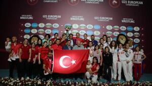U23 Kadın Milli takımı Avrupa Güreş Şampiyonasında 3üncü oldu