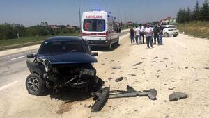 Seminerden dönen öğretmenler kaza yaptı: 6 yaralı