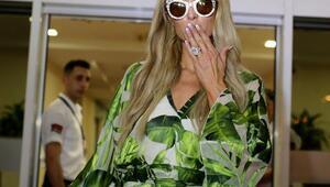 Paris Hilton, Antalyaya nişanlısı Amerikalı aktör Chris Zykla ile geldi