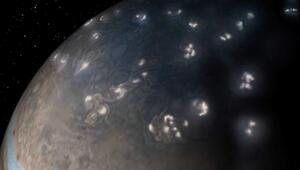 Jüpiterdeki şimşeklerin sırrı çözüldü